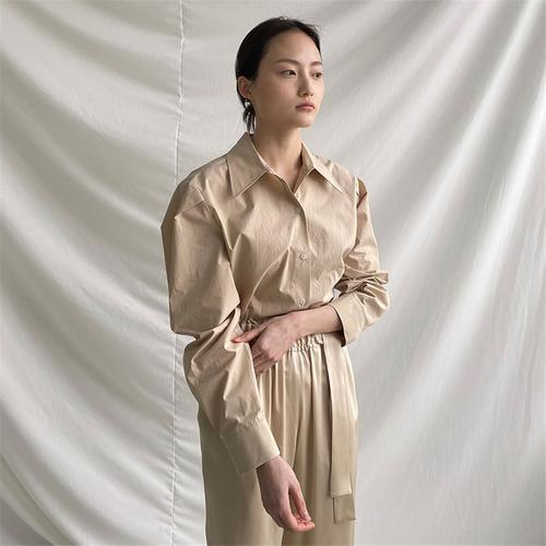 [노타] ROUND SHOULDER COTTON SHIRT BEIGE