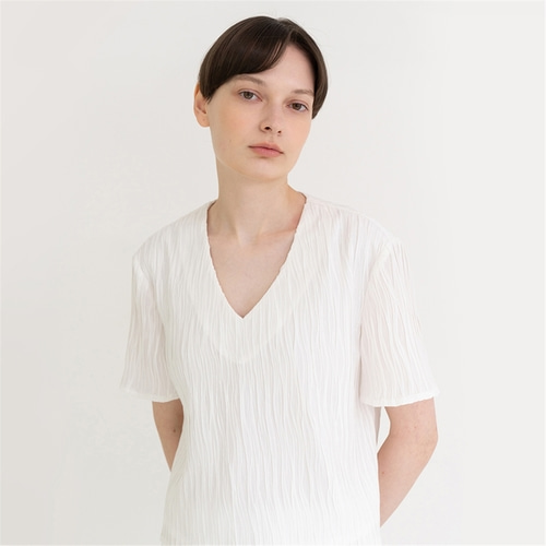 [노타] wrinkle wave v-neck top_white