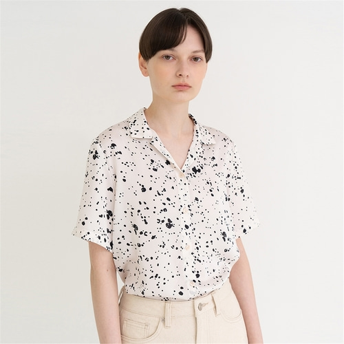 [노타] crumbled dots print shirt_ivory