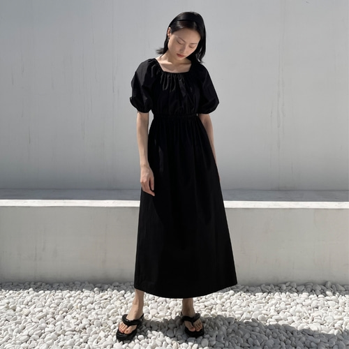 [노타] PUFF SQUARE NECK COTTON DRESS BLACK